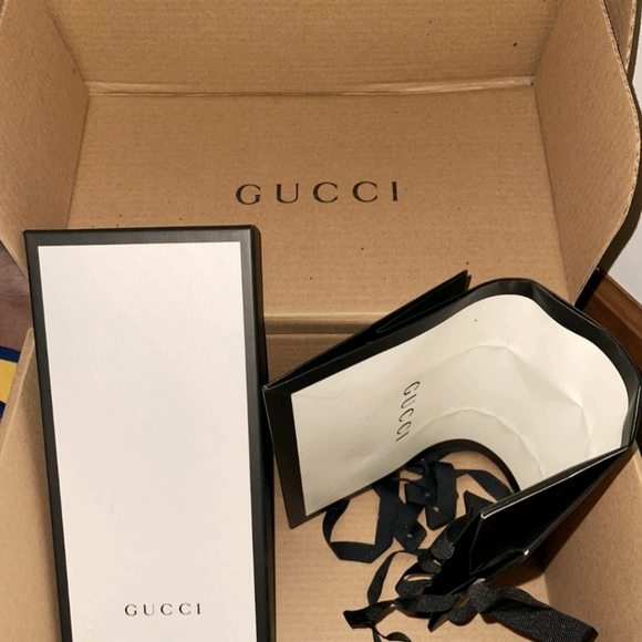 Gucci Shoe Box with 2 bags